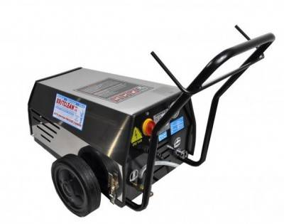 Commercial pressure washers in Derbyshire